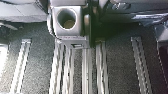 セレナc27シートレールカバーのサイズと使用感レビュー8